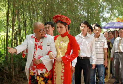dang-long-truoc-cau-chuyen-hoc-gui-cua-nhung-dua-con-lai-1